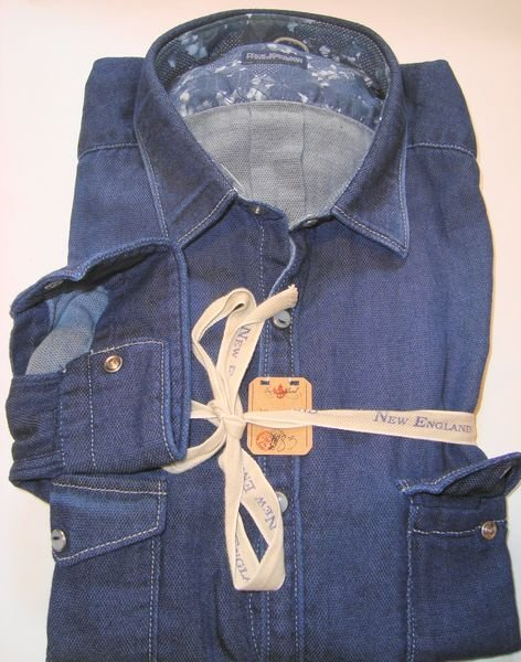 Shirt Men:  2 POCKETS JEANS SHIRT